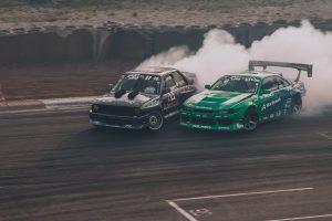 カーレース 300x200 - カーレース