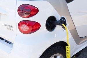 電気自動車 300x200 - 電気自動車
