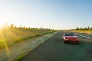 赤い車 300x200 - 赤い車