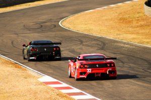 赤と黒のフェラーリ 300x200 - 赤と黒のフェラーリ
