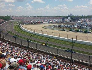 インディアナポリス500 300x226 - 世界最大のカーレース