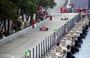 モナコグランプリ 300x194 - 世界最大のカーレース