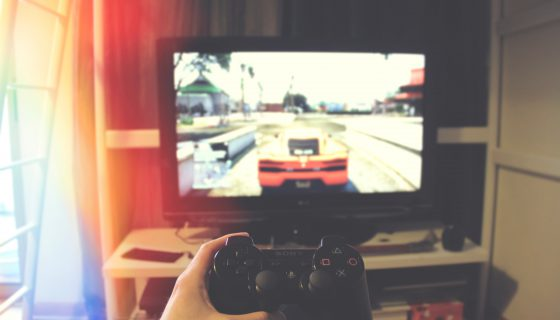Sony PS3 560x320 - 思わず夢中になってしまう、人気のカーレースアプリ5選
